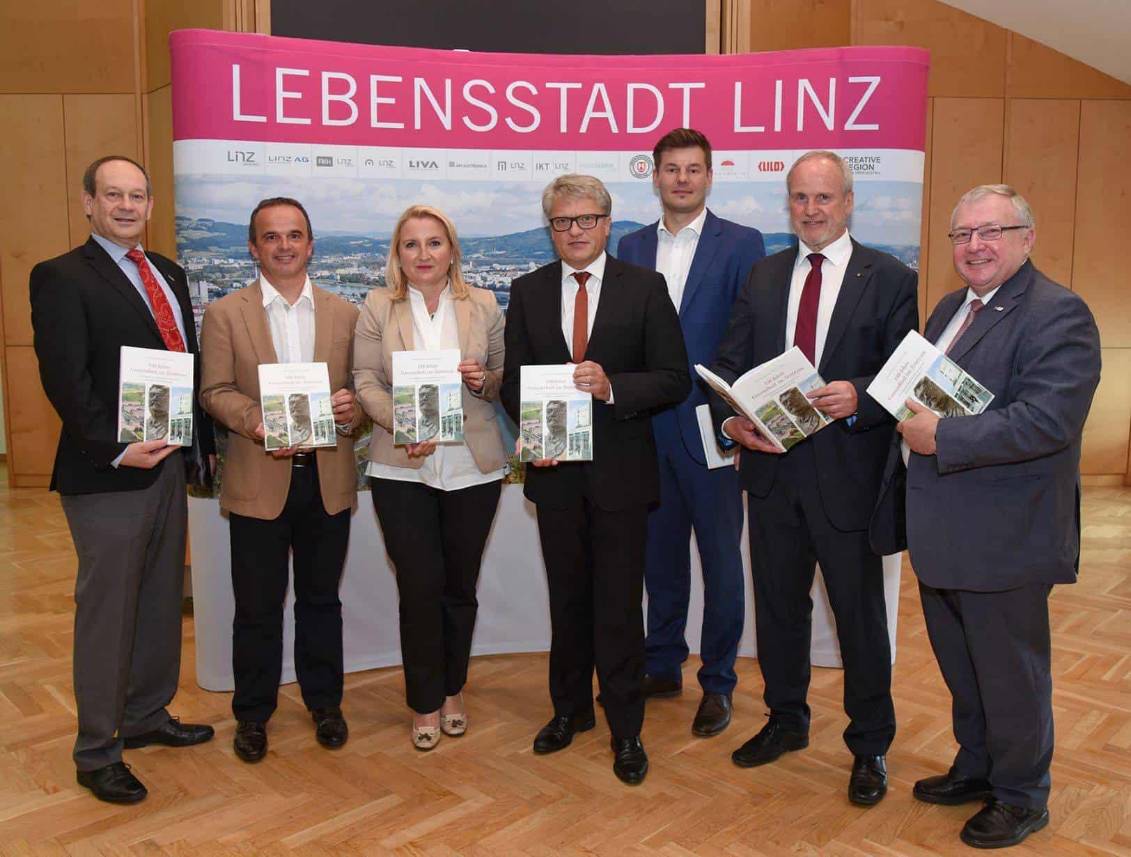 AKH-Linz-Pressekonferenz web