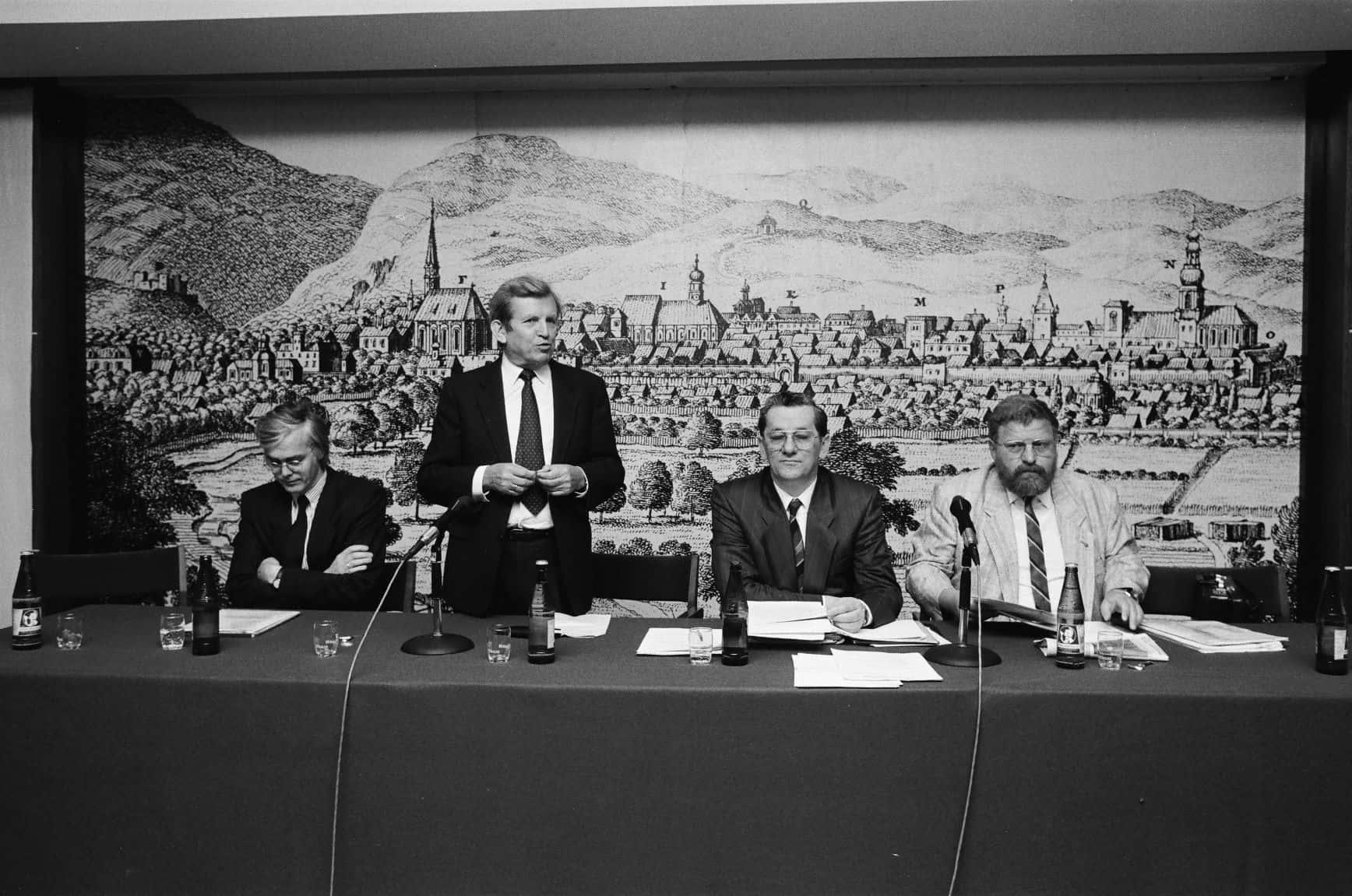 WEB Generalversammlung der ARGE Eigenheim in Baden am 25. April 1989 (Amt der NÖ Landesregierung)